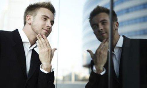 Как вести себя с человеком, что страдает нарциссизмом